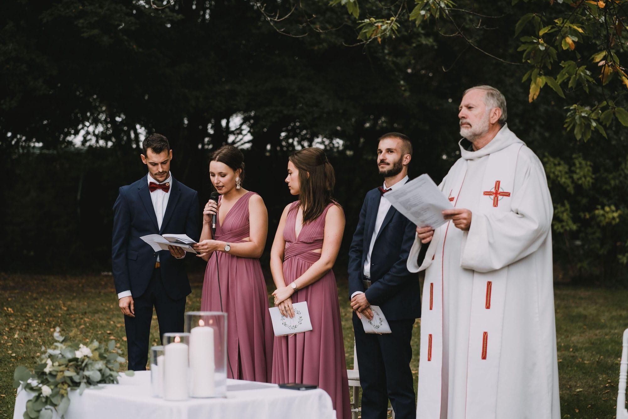 cérémonie religieuse extérieur
