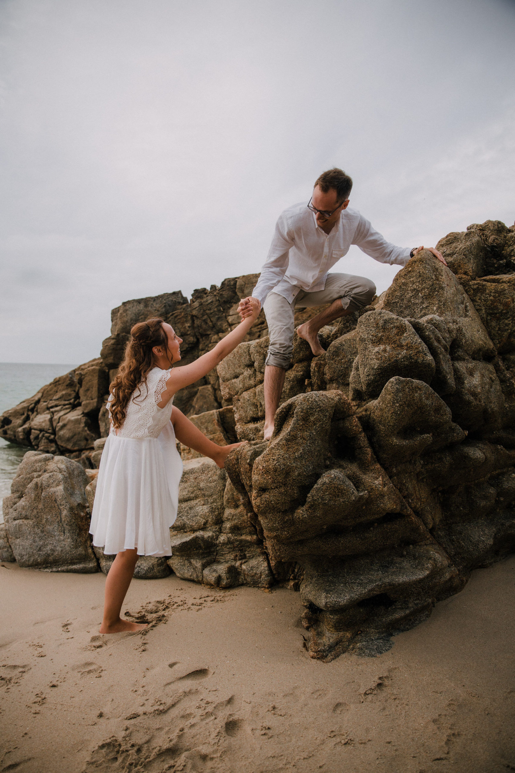 Save the date plage bord de mer Brest photo de mariage Bretagne