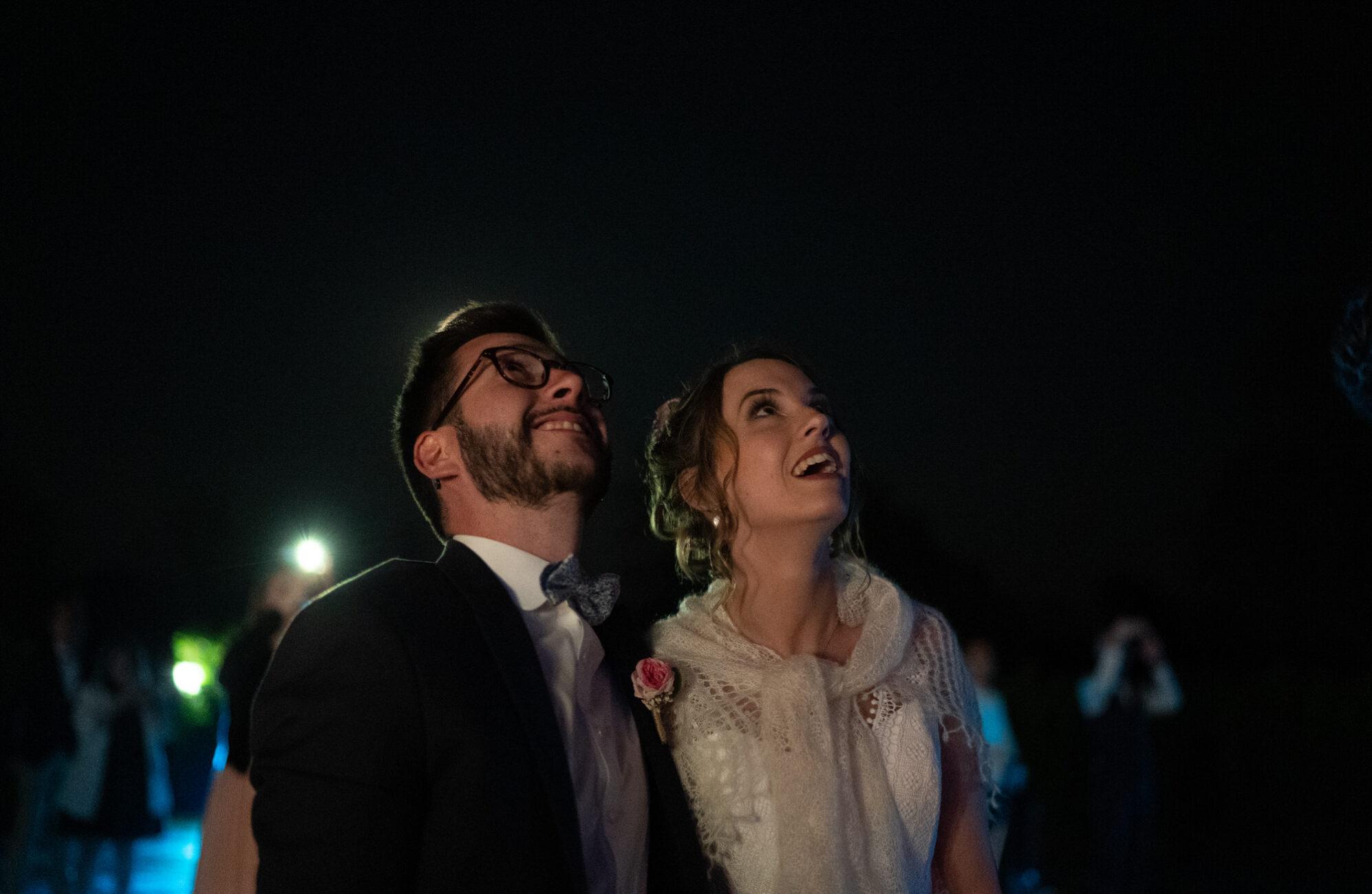 photo de mariage cérémonie laïque au Manoir de Kerhuel à Plounéour Lanvern - Antoine Borzeix photographe de mariage à Quimper