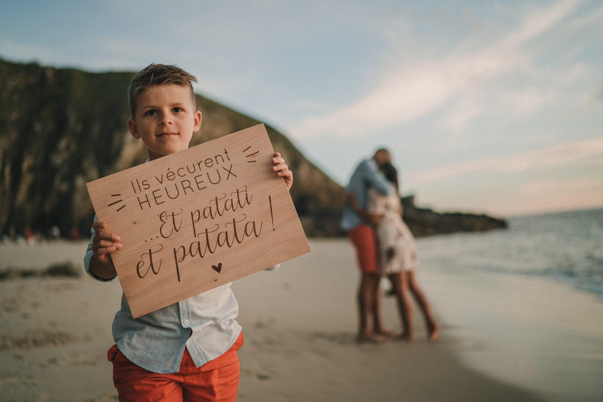 mariage sur la plage en bretagne au couché du soleil