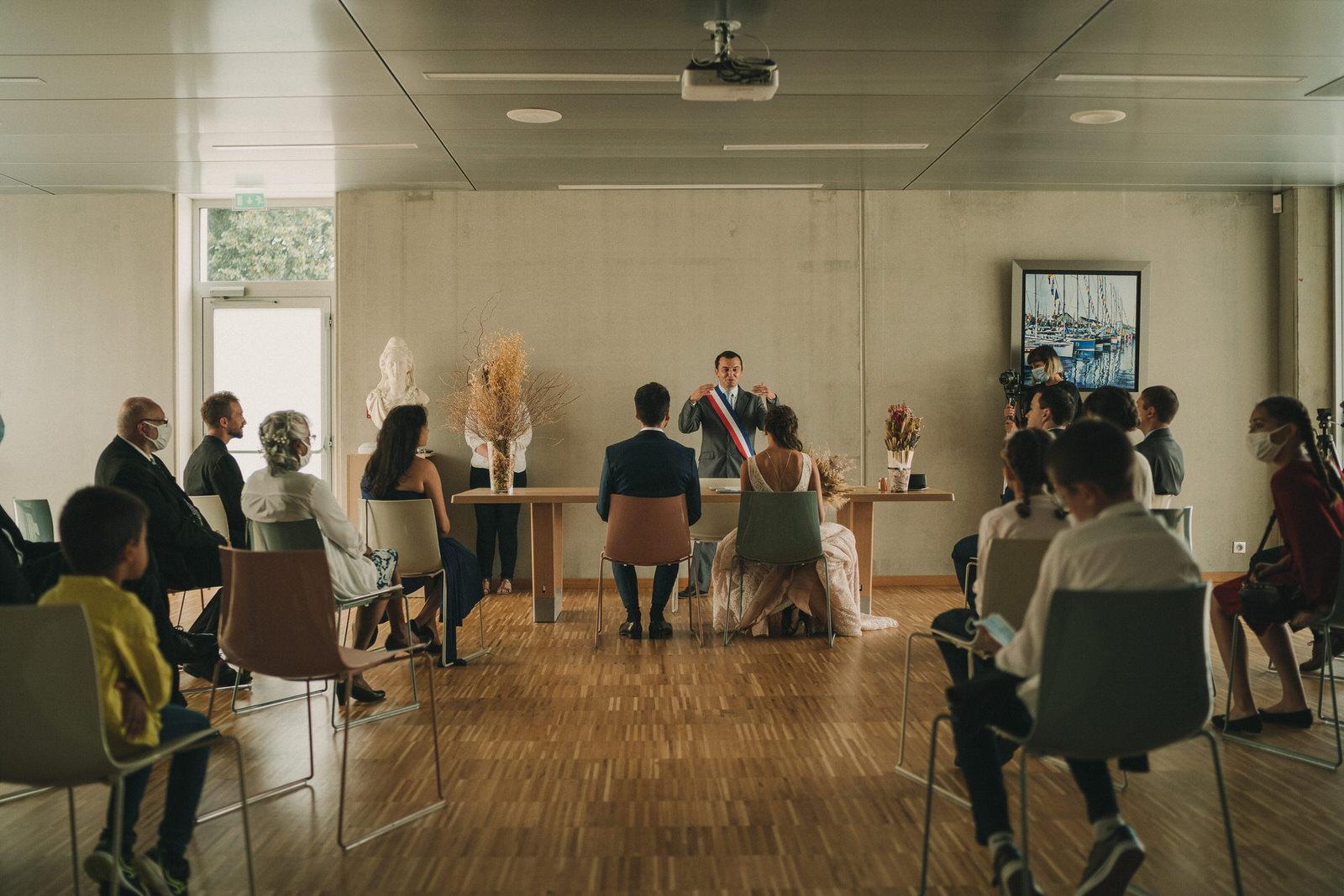 12568 Mariage Intime Élopement En Bord De Mer En Bretagne Rebecca Clement À Plougonvelin Www.antoineborzeix.fr , Photographe & Videaste à Brest / Finistère