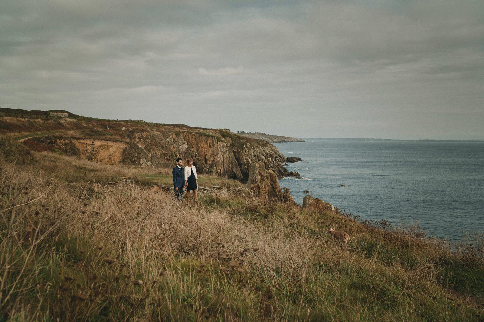 12687 Mariage Intime Élopement En Bord De Mer En Bretagne Rebecca Clement À Plougonvelin Www.antoineborzeix.fr , Photographe & Videaste à Brest / Finistère