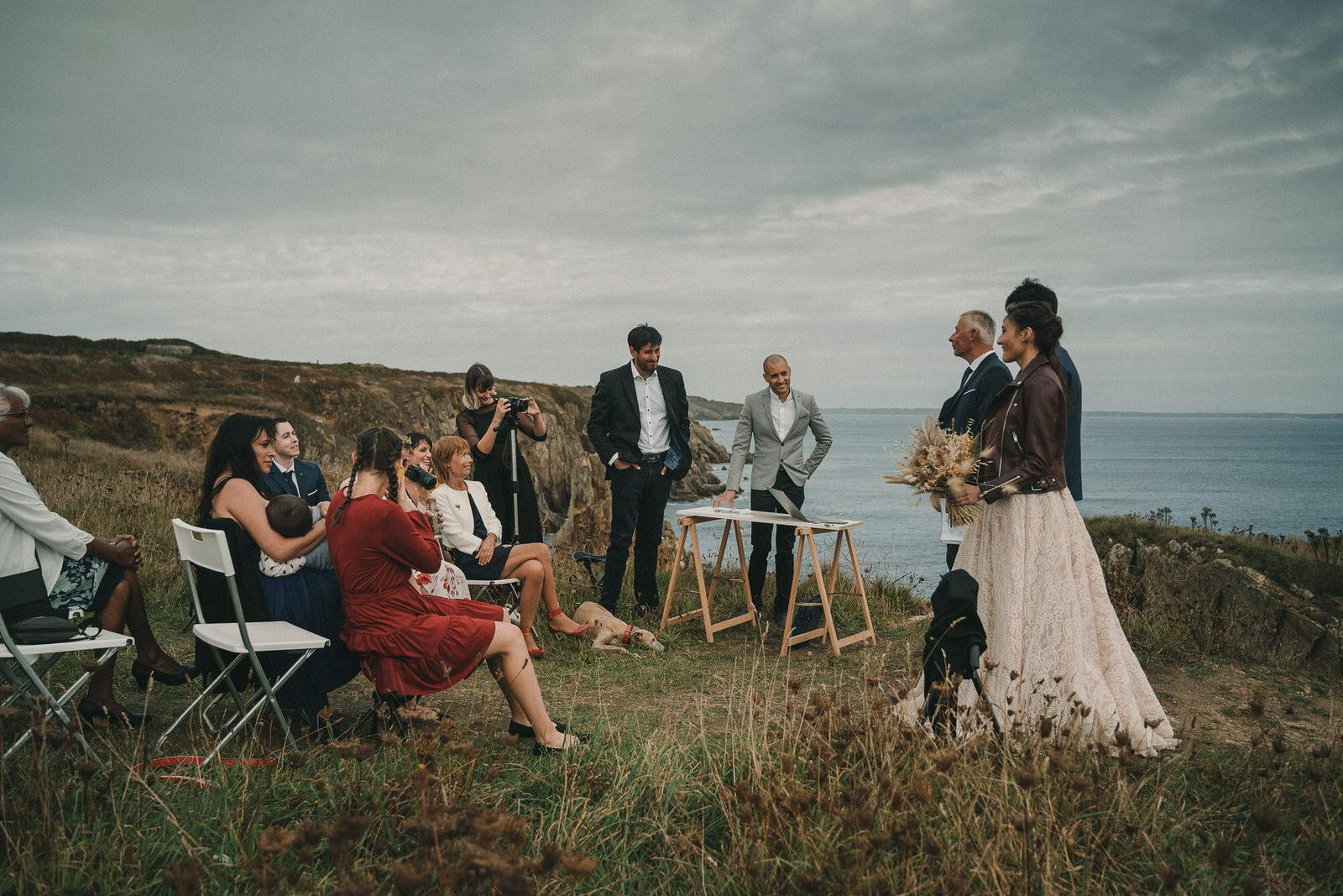 12789 Mariage Intime Élopement En Bord De Mer En Bretagne Rebecca Clement À Plougonvelin Www.antoineborzeix.fr , Photographe & Videaste à Brest / Finistère