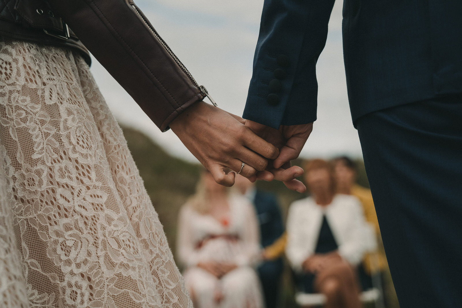 12795 Mariage Intime Élopement En Bord De Mer En Bretagne Rebecca Clement À Plougonvelin Www.antoineborzeix.fr , Photographe & Videaste à Brest / Finistère
