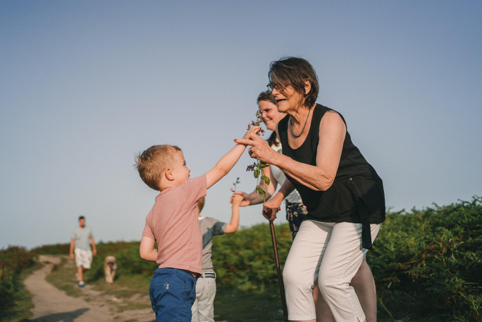 2021.07.20 Photo De Famille A Porspoder En Bretagne Par Antoine Borzeix 122, Photographe & Videaste à Brest / Finistère