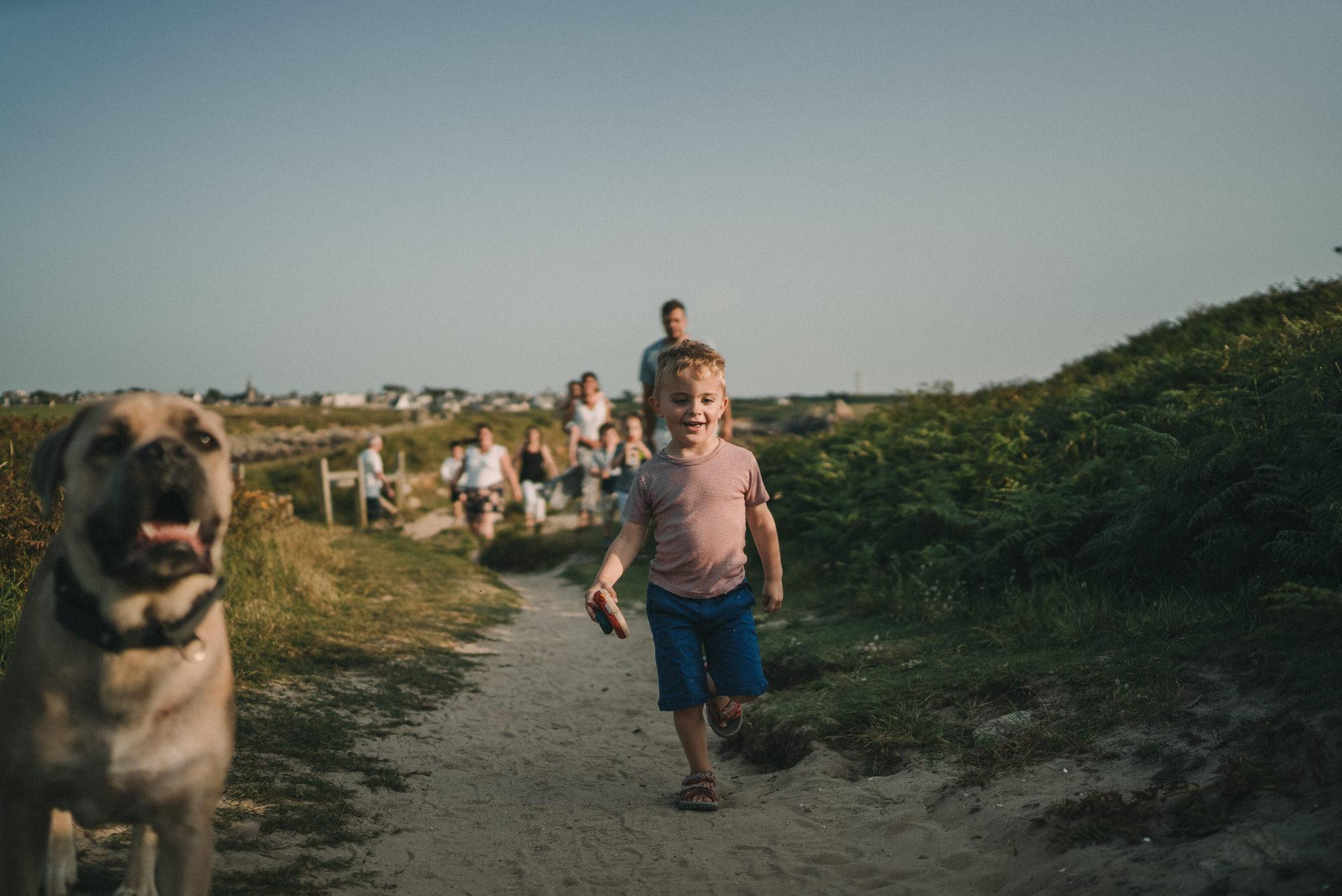 2021.07.20 Photo De Famille A Porspoder En Bretagne Par Antoine Borzeix 3, Photographe & Videaste à Brest / Finistère