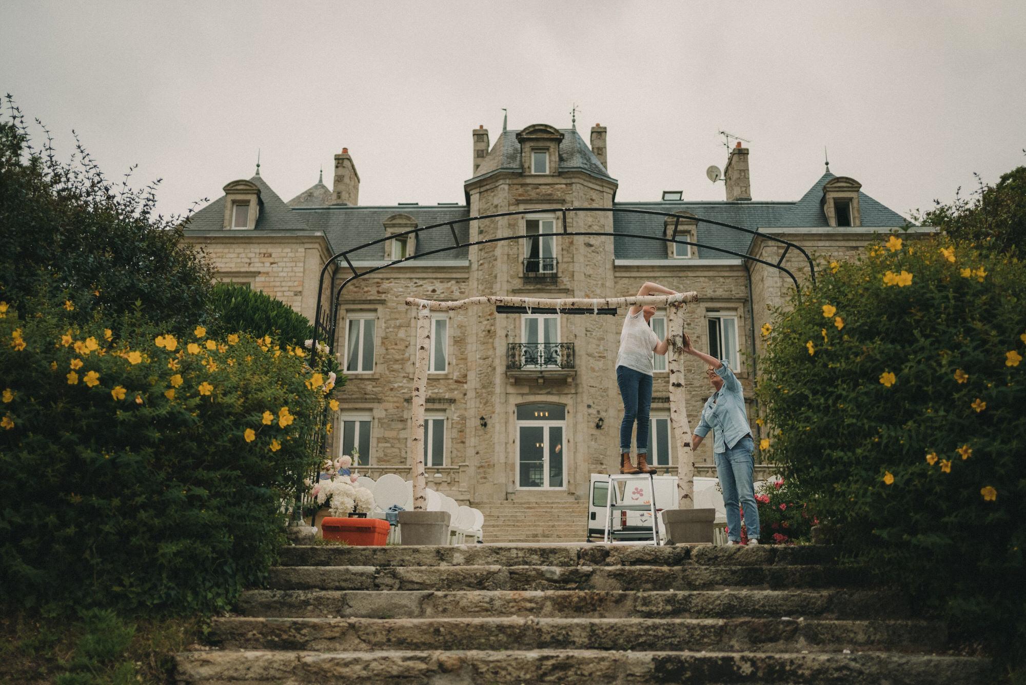 Photo De Mariage Au Manoir De Kerhuel A Plouneour Lanvern De Perle Danilson Par Antoine Borzeix 12, Photographe & Videaste à Brest / Finistère