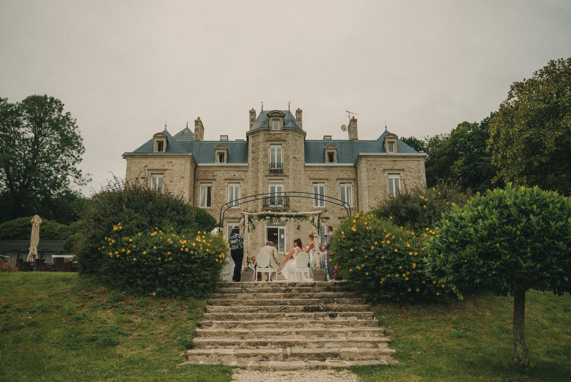 Photo De Mariage Au Manoir De Kerhuel A Plouneour Lanvern De Perle Danilson Par Antoine Borzeix 311, Photographe & Videaste à Brest / Finistère