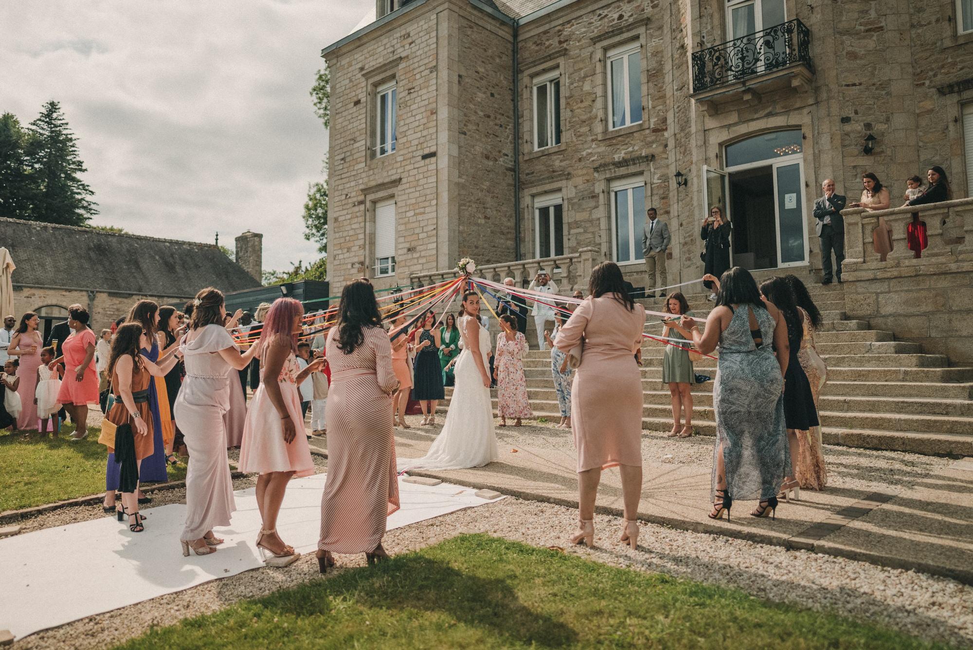 Photo De Mariage Au Manoir De Kerhuel A Plouneour Lanvern De Perle Danilson Par Antoine Borzeix 723, Photographe & Videaste à Brest / Finistère