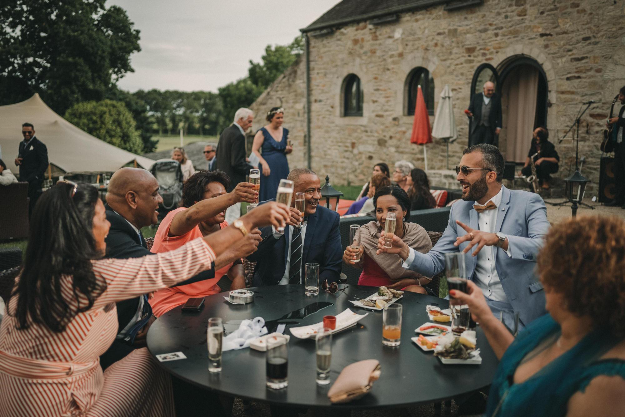 Photo De Mariage Au Manoir De Kerhuel A Plouneour Lanvern De Perle Danilson Par Antoine Borzeix 999, Photographe & Videaste à Brest / Finistère